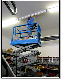 Scissor and Personnel Lift Repair Service